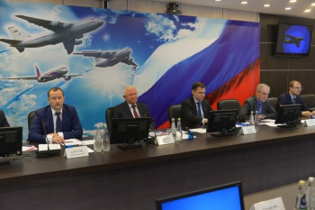 "UAC President Yuri Slusar introduced a new managing director of JSC ""Aviastar-SP"""